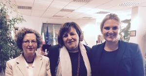 PD-K.Abg. Tamara Blazina, Direktorin der Agentur der Einnahmen Rossella Orlandi, SVP-K.Abg. Renate Gebhard